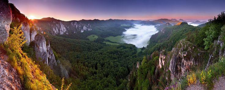 Súľovské Skaly - rocky mountains, great for hiking and climbing.  Photo by Tomáš Šereda