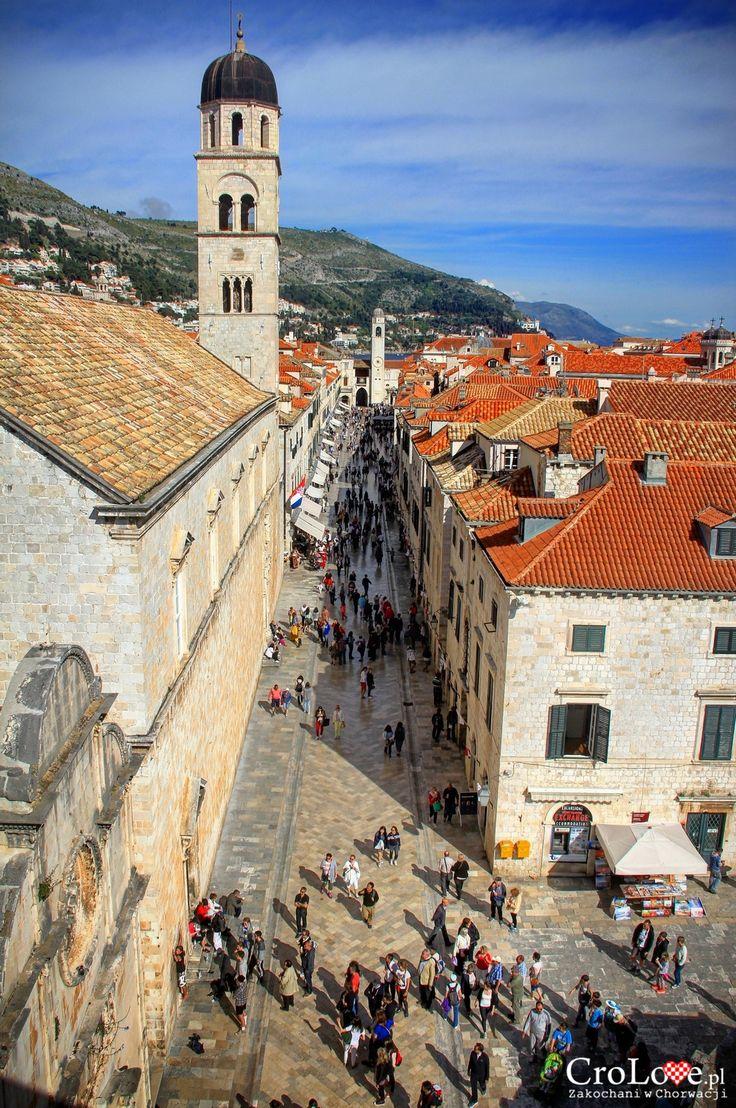 Spacer murami obronnymi Dubrownika || Stardun widziany z murów obronnych Dubrownika || http://crolove.pl/spacer-murami-obronnymi-dubrownika/ || #Chorwacja #Dubrownik #Dubrovnik #Croatia #Hrvatska