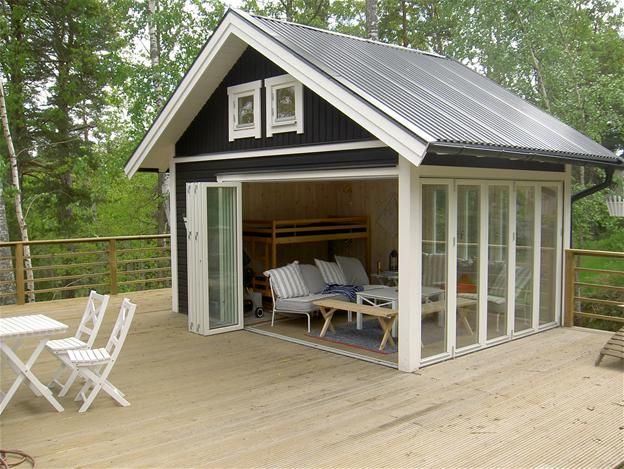 1000 images about bunkies on pinterest sarah richardson for Shed roof cottage