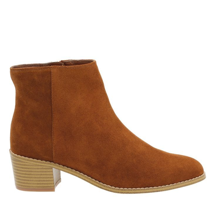 Best Outfit Ideas For Fall And Winter  Fall 2016 Boot Trends   7 Pairs of Edito