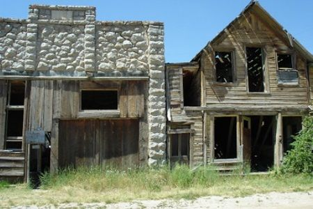 How To Explore Ghost Towns In Montana