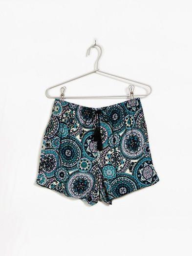 Elli shorts | 7181571 | Medium | Multi | BikBok | Sverige