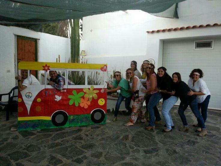 Furgoneta fiesta hippie manualidades pinterest - Fiestas hippies decoracion ...