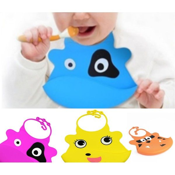 No #mess on the floor while #feeding your #baby with this #silicone #baby #bib only for $6.00 at www.dealbang.ca