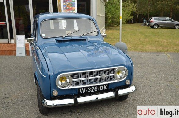 28 best renault 4 images on pinterest renault 4 automobile and autos. Black Bedroom Furniture Sets. Home Design Ideas