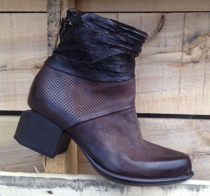 A.S.98 732207 http://www.traxxfootwear.ca/catalog/6400624/as98-732207
