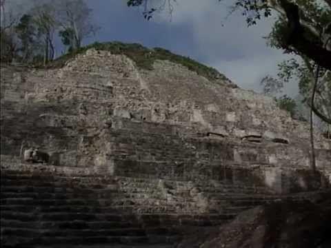 Un visita virtual por Calakmul, Qhapac Ñan, Westwerk carolingio y civitas de Corvey - http://plenilunia.com/estilo-de-vida/viajes/un-visita-virtual-por-calakmul-qhapac-nan-westwerk-carolingio-y-civitas-de-corvey/28919/