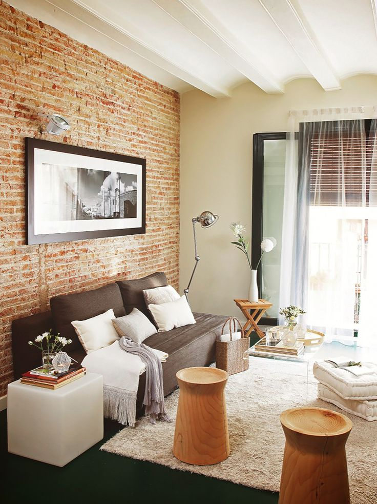 exposed brick + neutral colors // 55 m² apartment in Barcelona