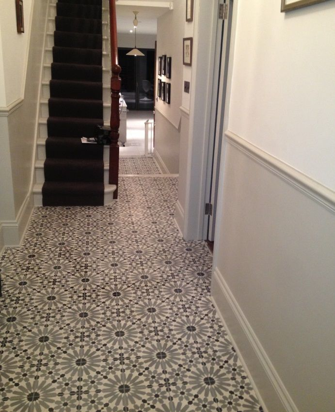 Encaustic Tiles (Barcelona 460) in hallway