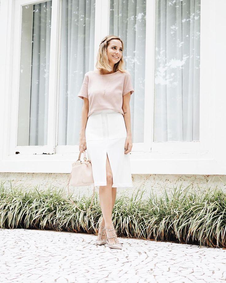 Conheci recentemente a @pixellbrand uma marca de roupas básicas que tem peças lindas para compor looks incríveis É uma alfaiataria moderna que vale super a pena. Estou amando!