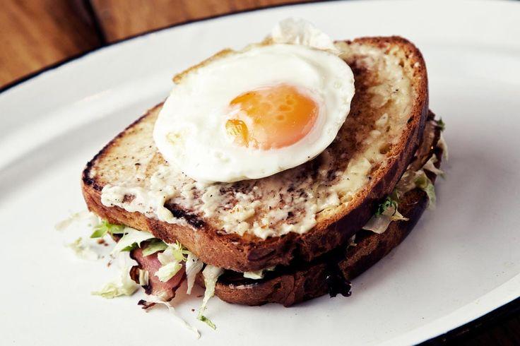 Spíler http://spilerbp.hu/index_hu_or.php | Terasz #budapest #design #bar #spíler #fooddesign #bistro #pub #breakfast #food