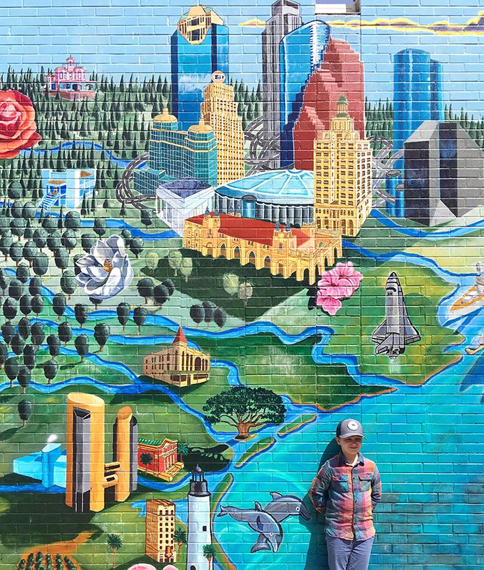 Austin Mural Guide Your Guide To Austin S Most Colorful Walls Carrie Colbert Austin Murals Mural Guide Austin Vacation