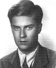 """Tadeusz Zawadzki, ps. """"Zośka"""", dowódca akcji pod Celestynowem i Czarnocinem, uczestnik akcji pod Arsenałem, poległ w ataku na strażnice w Sieczychach w sierpniu 1943r. Bohater """"Kamieni na szaniec"""""""