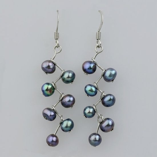 diy pearl jewelry | DIY jewelry / wire and pearl earrings: so super-duper easy!