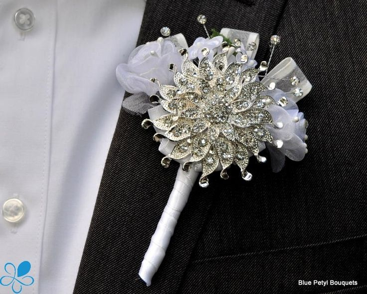 Brooch Boutonniere - pretty cool