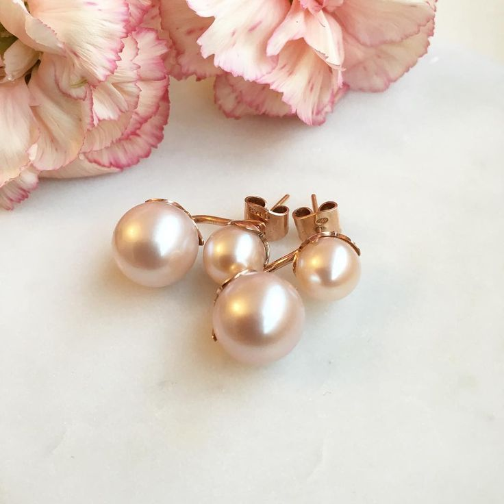 Rose gold pearl earrings  By Laura Darth
