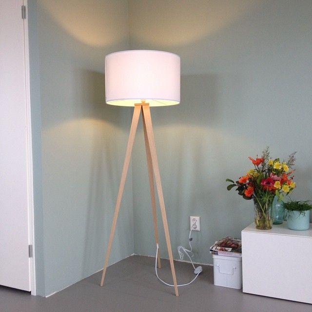 Hoera, de lamp is binnen! #zuiver #witwonen #earlydew