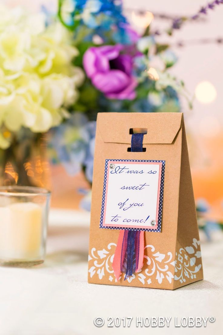 easy diy rustic wedding favors%0A Create wedding favors that are cute and easy to DIY