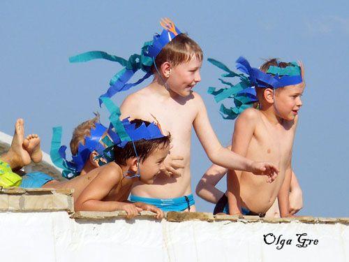 Поделки из бумаги с детьми. Морские короны на день Нептуна своими руками.