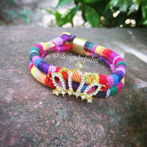 Benim ❤️annem ❤️❤️canım annem🙏🏻 Mutlu akşamlar 🎈🎈🎈 #designbypolat #bileklik #bracelet #prenses #princess #queen #likeforlike #like4like #like #unique #accessories #design #fashion #moda #aksesuar #gold #jewelry #tasarimpazari #kadikoy #istanbul #swarovski #rainbow #mother #mothersday #annelergünü #shopping #style #fashion #boho #hippie #10marifet