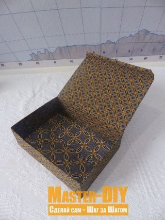 Тканевая коробка с откидывающей крышкой