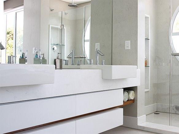 banheiro branco: Photo