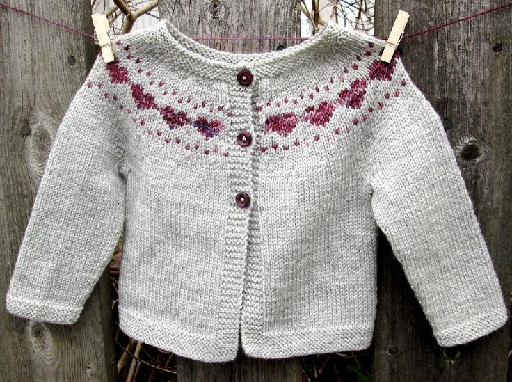 *Little Hearts* is a simple baby cardigan that features a sweet colorwork heart yoke detail. This tiny cardigan is a perfect gift for a new baby and can be knit up with one skein of sock yarn. Use some precious sock yarn scraps for the hearts to add a little something special ❤ Sizes 0-3 months, 3-6 months, 6-12 months Gauge 30 stitches and 40 rows = 10cm/4in If you do not wish to swatch for this project, you can begin with the sleeves and check your gauge after a few centimeters. Materials…