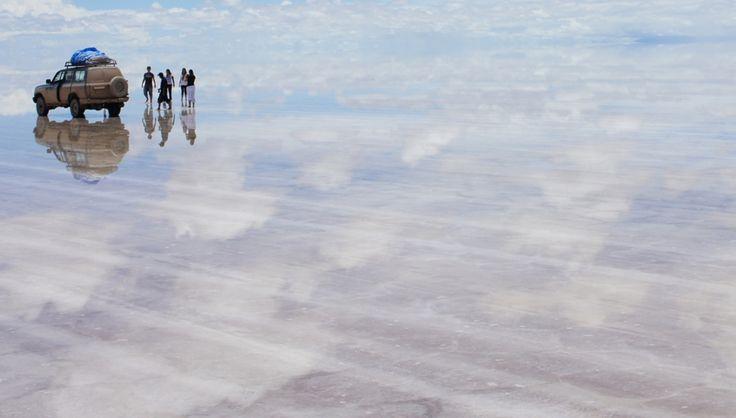 ウユニ塩湖(ボリビア) 白の絶景 THE WORLD IS COLORFUL   海外旅行情報 エイビーロード