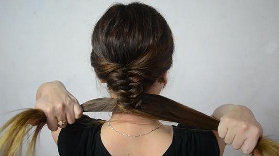 1000 id es sur le th me coiffures en tresse de queue de poisson sur pinterest tresses cheveux - Tresse queue de poisson ...