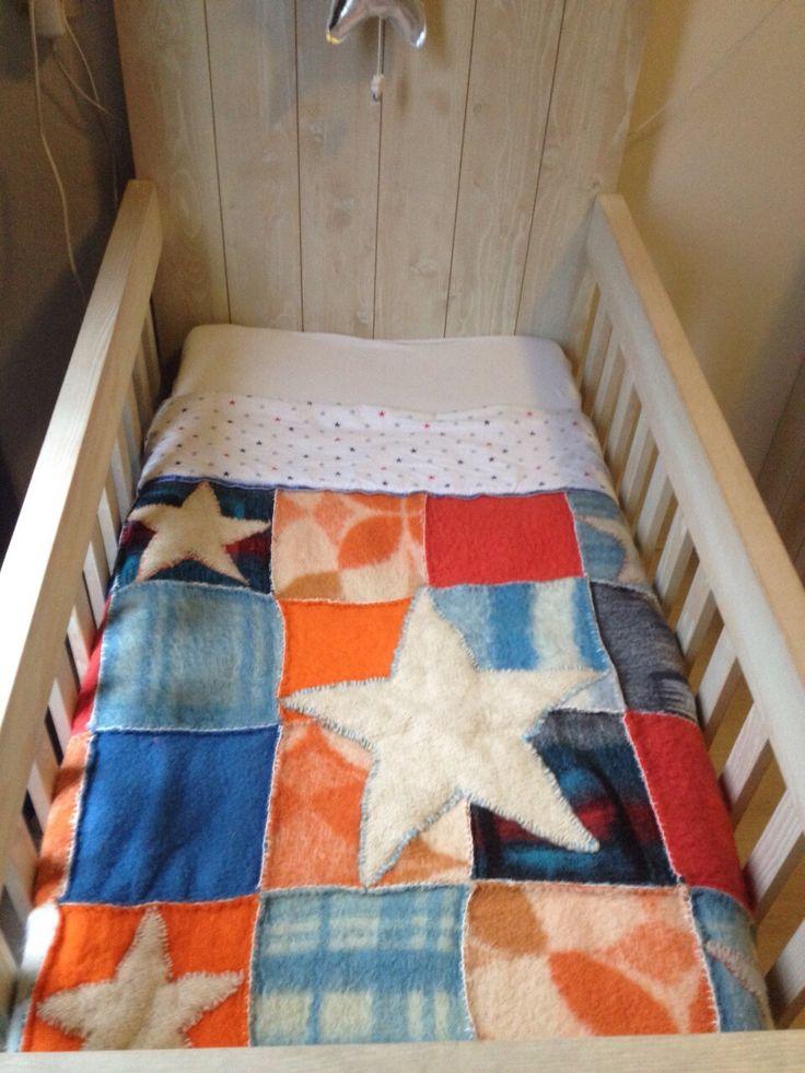 Babydekentje van oude / retro wollen dekens #old woolen blankets