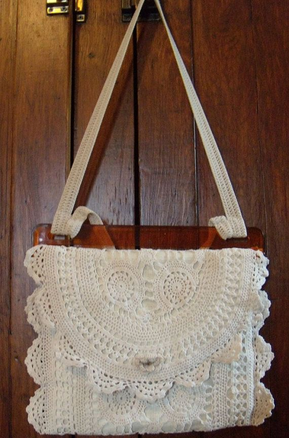 Upcycled Linen & Lace Purse / Vintage Lace by SmallbonesJane
