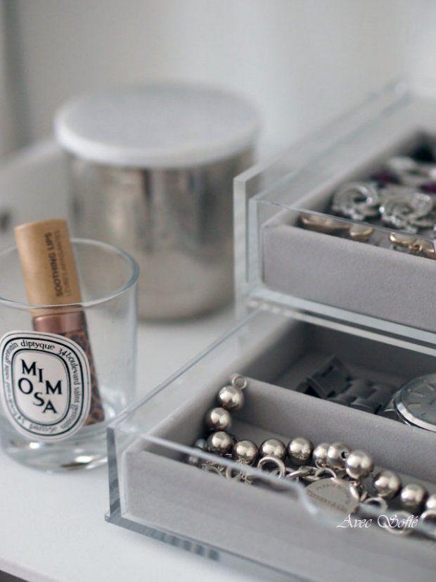 Avec Sofié blog/ #TomDixon and #Diptyqye #candles and #Muji #jewelry box