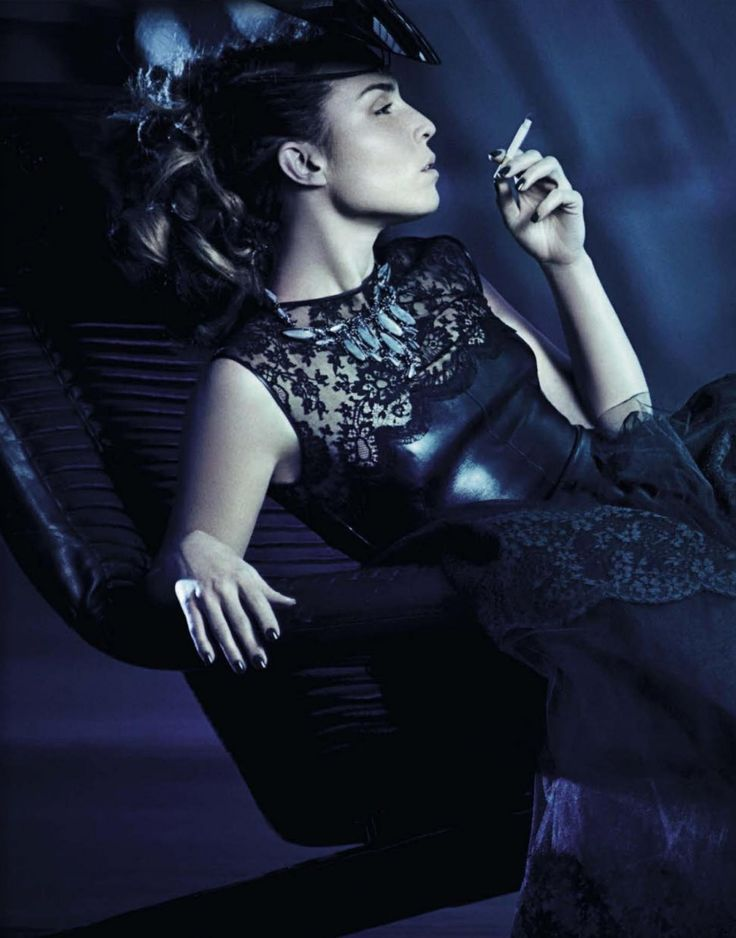"""Noomi Rapace 