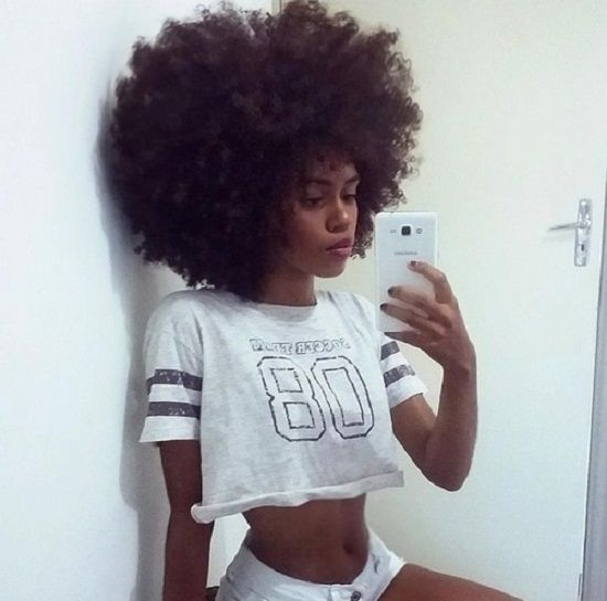 sport summer top with afro curls
