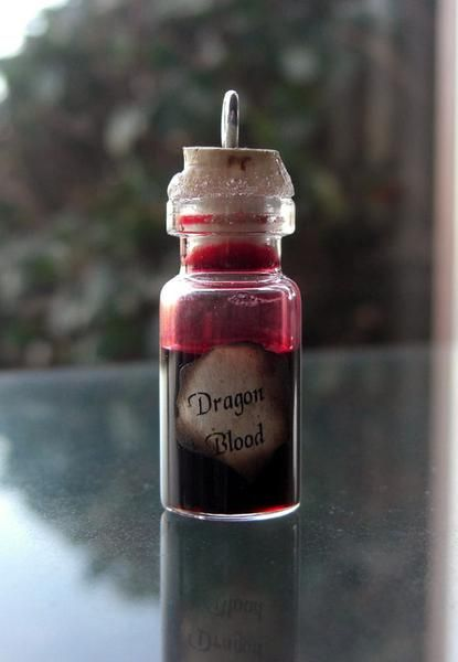 I found 'Vial of Dragon Blood - RARE Harry Potter  Potions Ingredient and Ball Chain' on Wish, check it out!