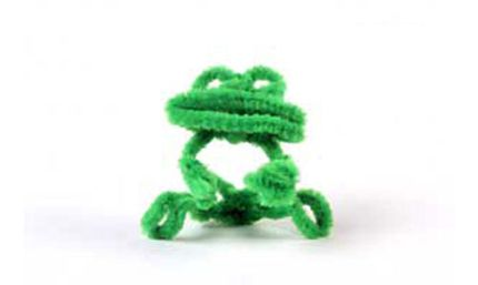 Pipe cleaners bring you back to craft projects of your childhood, but they can also be used as helpful tools.