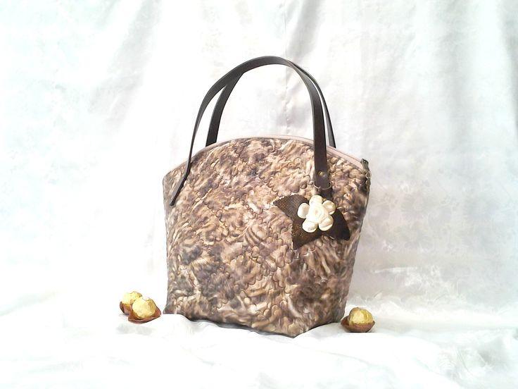 www.facebook.com/ilko2 Ilkó táskák megrendelésre Egyedi kézműves alkotások.