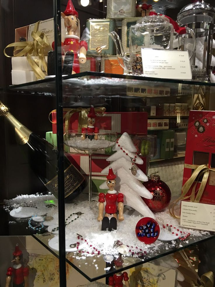 Vetrine di Natale del Florian di Firenze - Christmas shop windows of Florian in Florence #Christmas #Natale #Gift