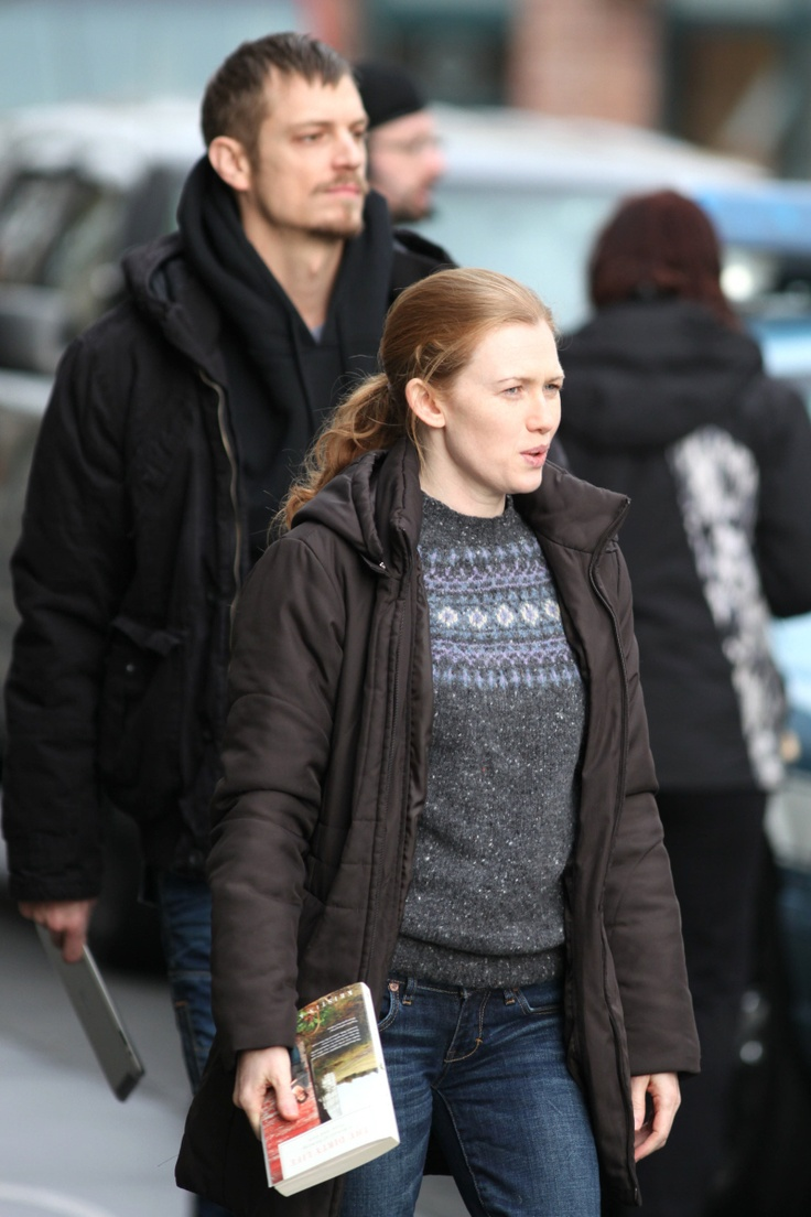 Mireille Enos and Joel Kinnaman in Vancouver, filming the second season of #TheKilling.