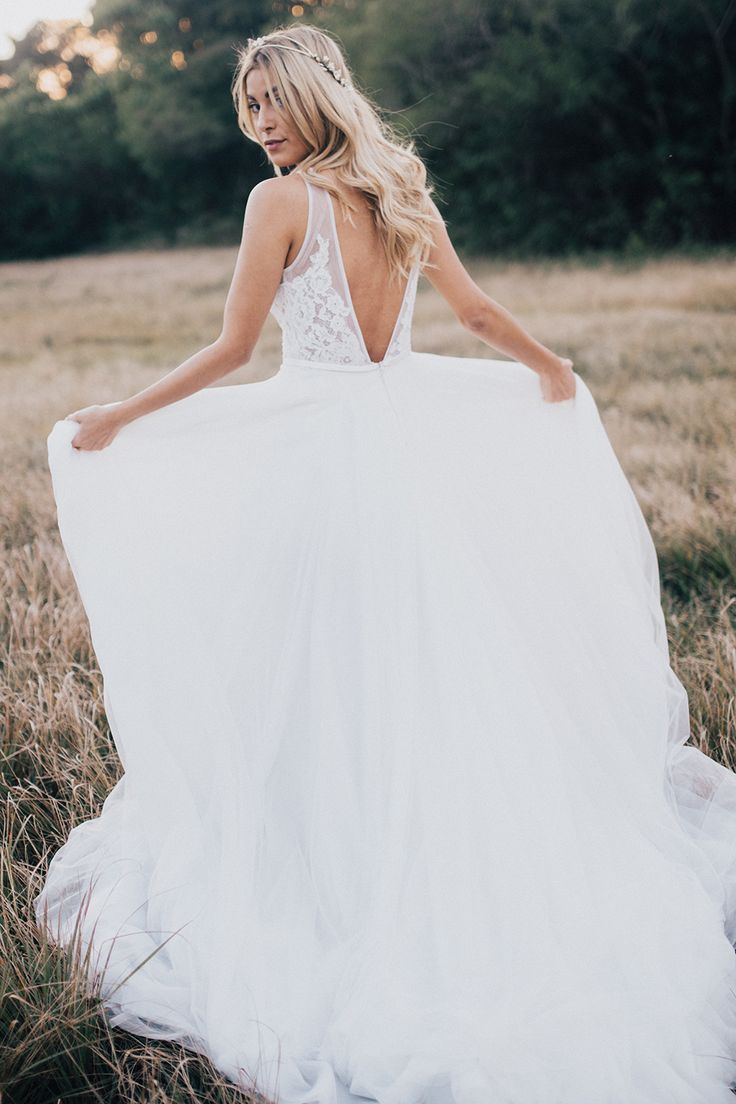 Styled Bridal Shoot by Donna Irene Weddings / Made with Love / a&be Bridal Shop