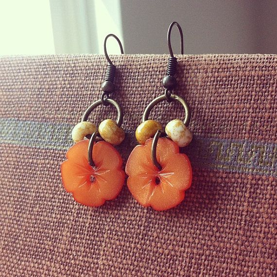 Pumpkin Blossoms  Vintage Button Earrings  , like the beads on the jump ring to frame the button
