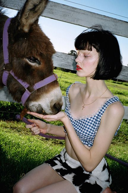 Hannah Elyse 'Pure Country' by DAISY for Oystermag