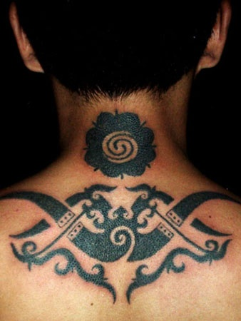 Traditional Borneo tattoos done by hand. #borneo #tattoos