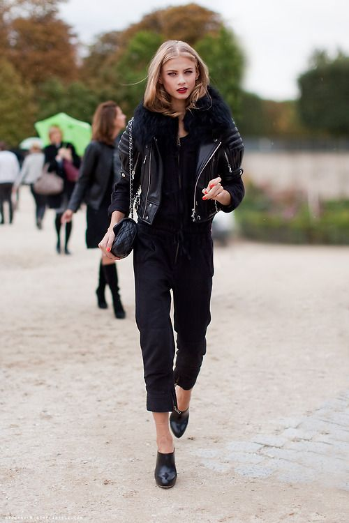 "All Black Everything | Street Style ""why is beyonce not my friend yet Ive lived here for 6 months and she hasnt even showed up at my office unannounced yet and started playing with the fax machine. Im confused."""