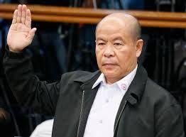 Taís Paranhos: Filipinas: ex-policial assume 200 assassinatos a m...