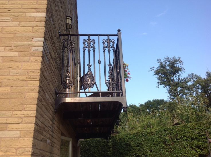 Side view wrought iron balcony