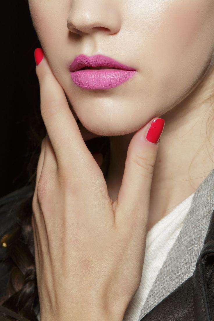 Manicure: trendy wiosna-lato 2015,Aquilano.Rimondi, fot. Imaxtree