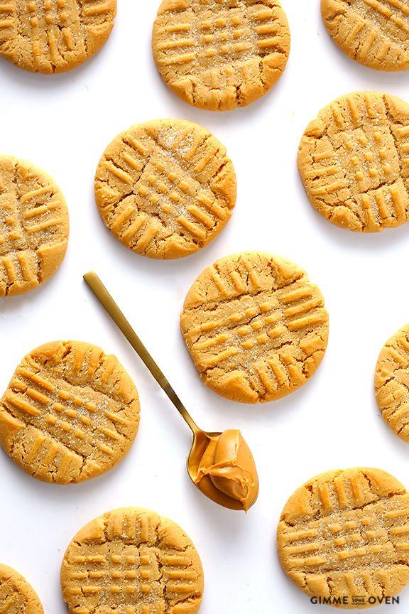 Peanut Butter Cookies   gimmesomeoven.com