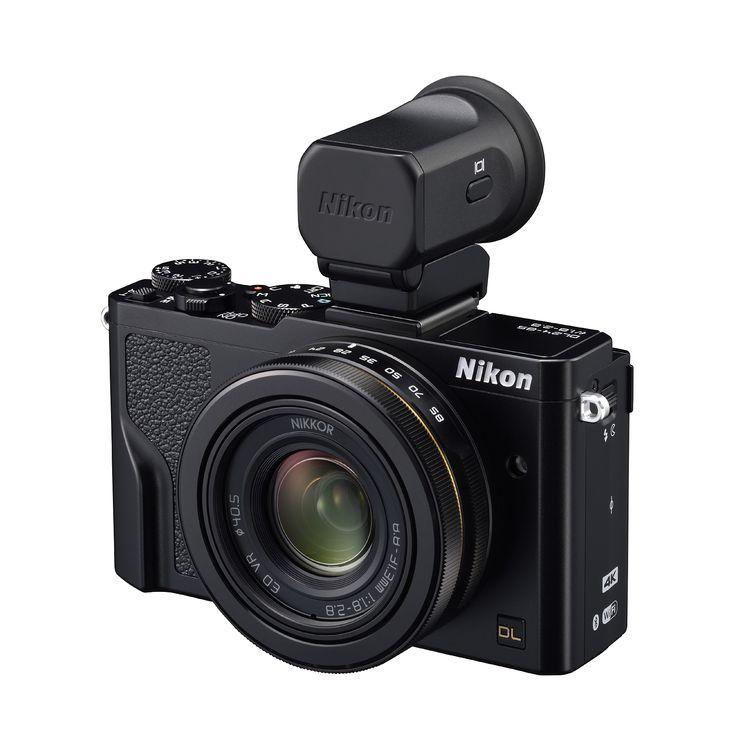 Nikon DL 24-85 med sökaren DF-E1 monterad i tillbehörsskon