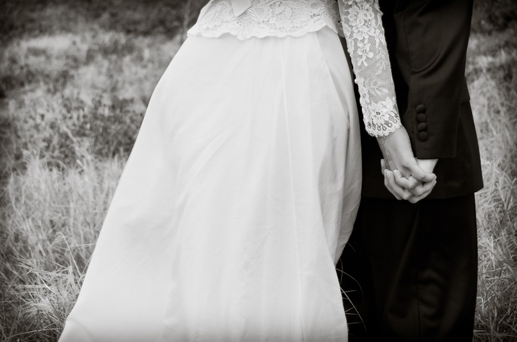 Vintage lace peplum and sheer chantilly sleeves x  Photo by www.madphotodesign.co.za #EcoBride